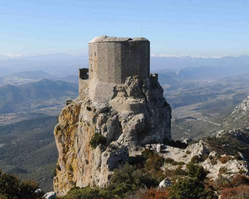 Ruta de castillos cátaros en Francia. Datos del viaje y Día 1