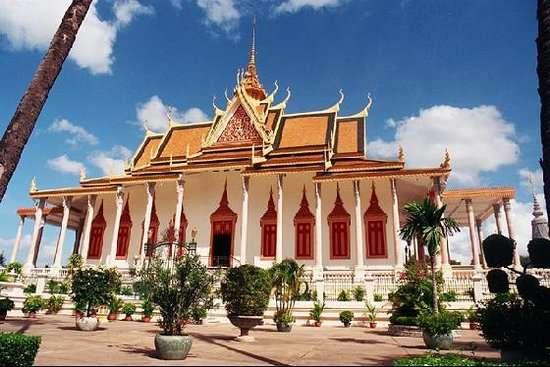 Phnom Penh: Realidad e historia viva de Camboya