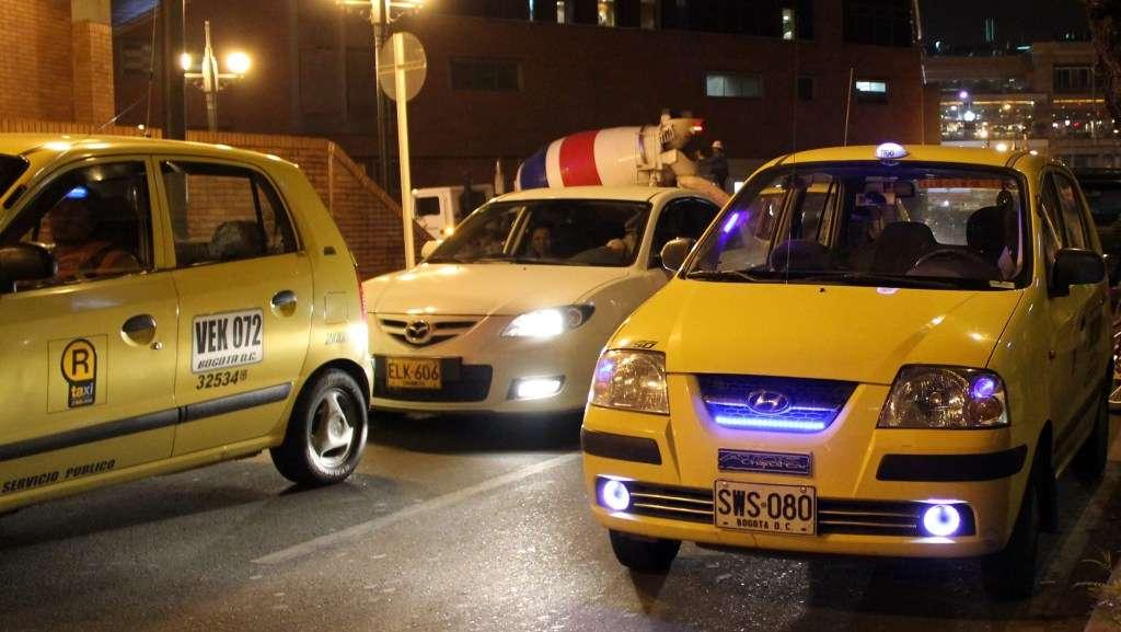 Viajar a Bogotá – Transporte: Taxis, Transmilenio y Busetas