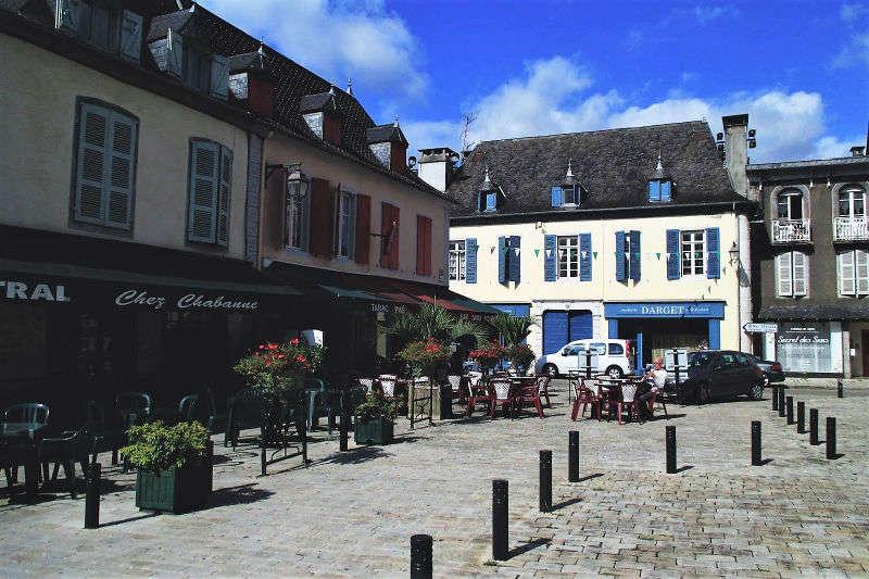 Oloron-Sainte-Marie | Patrimonio de la Humanidad y Chocolate