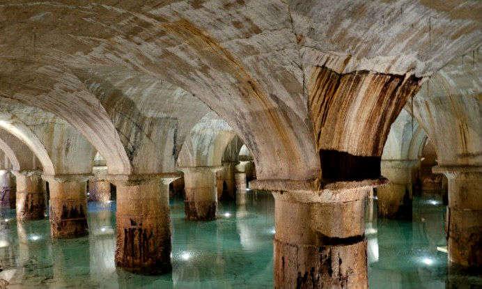Paseo por el París subterráneo, de las catacumbas al bunker