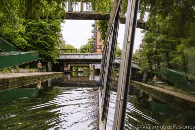 POR LOS CANALES DE LONDRES: DE LITTLE VENICE A CAMDEN EN BARCO