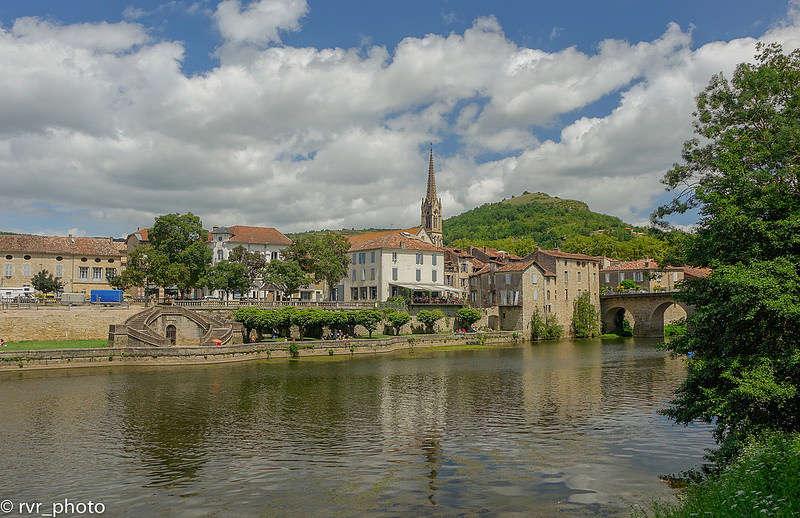Saint-Antonin-Noble-Val, en el valle del río Aveyron