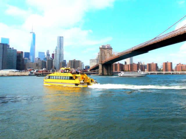 NY Water Taxi, el barco turístico de Nueva York