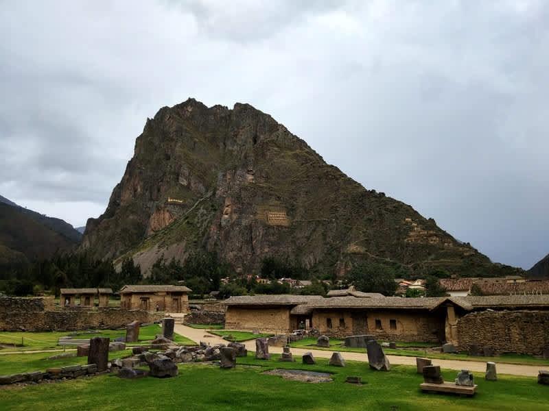 Tour por el Valle Sagrada de los Incas – Pisaq, Urubamba y Ollantaytambo