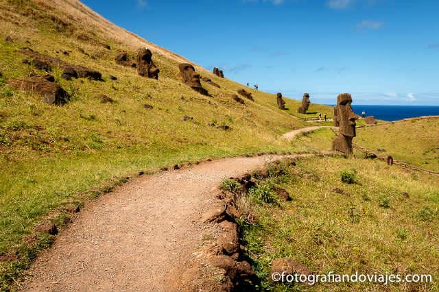 Isla de Pascua, hasta la cantera Rano Raraku y Tongariki