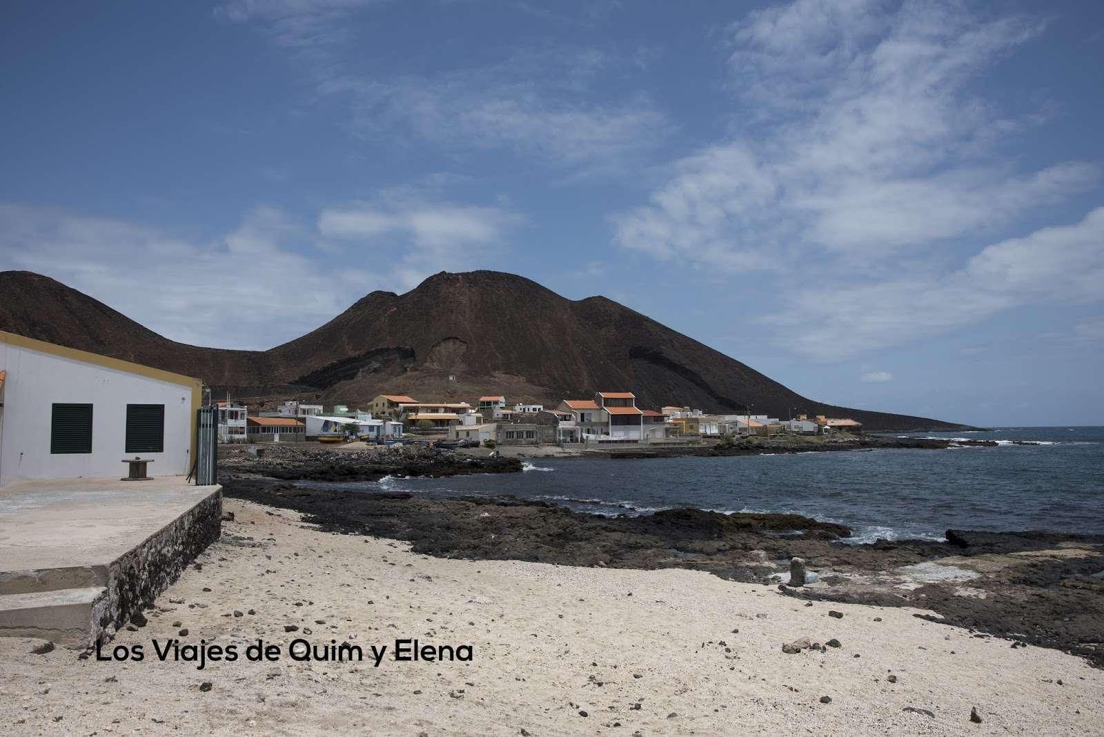 Vuelta a Sao Vicente. Mindelo y Calhau (Cabo Verde)