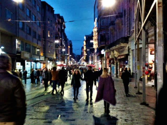 Estambul Moderna – Barrio Beyoglu