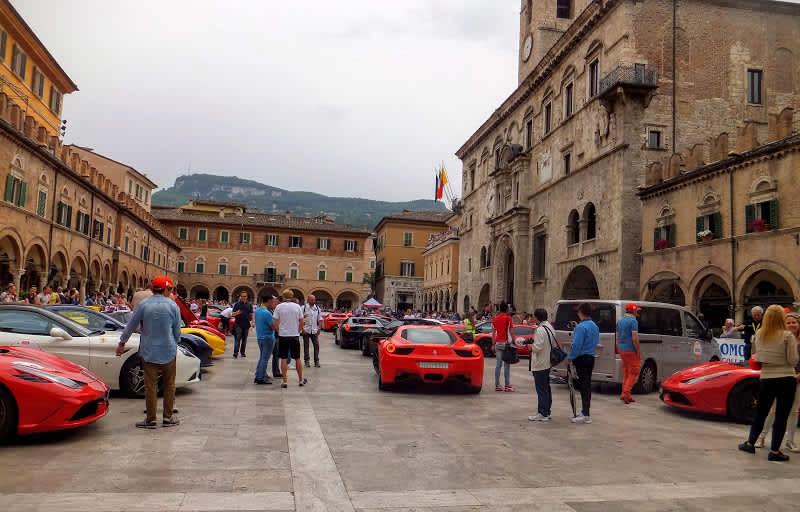 Ascoli Piceno, la ciudad de las artes, la ciudad del travertino