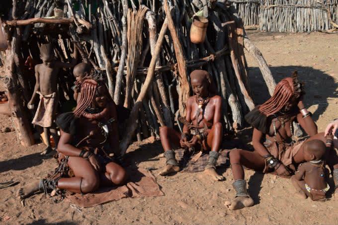 Visitando la tribu de los Himbas en Namibia
