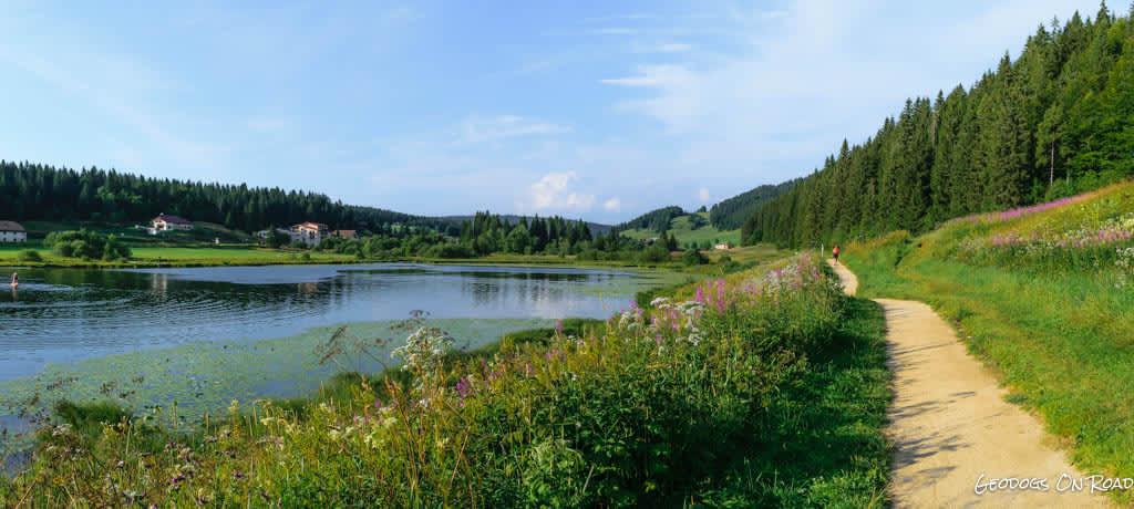 Descubre el lago Lamoura en autocaravana