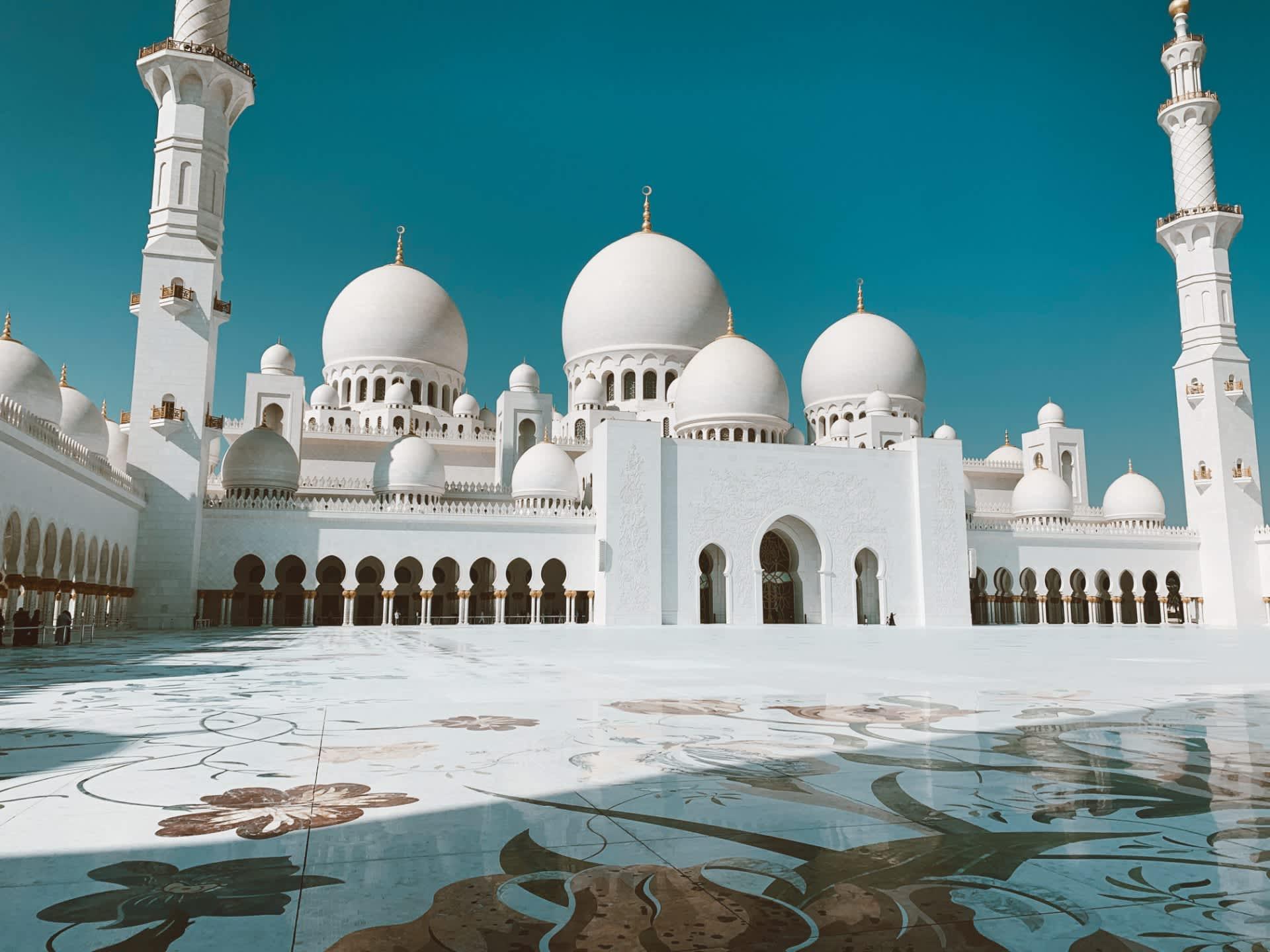 Primera visita a Abu Dhabi: imprescindibles