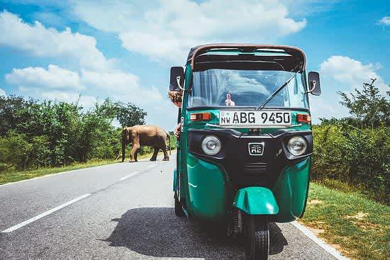 Viaje a Sri Lanka en Tuk Tuk con Montañeros Viajeros