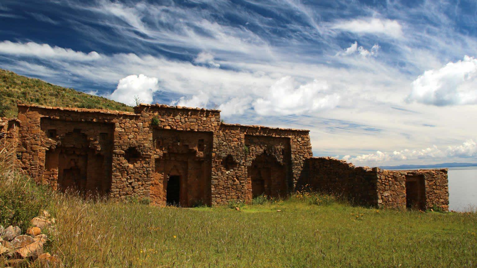Isla de la Luna, tras los orígenes incas en Bolivia