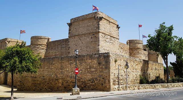 Visita Al Castillo De Santiago En Sánlucar De Barrameda