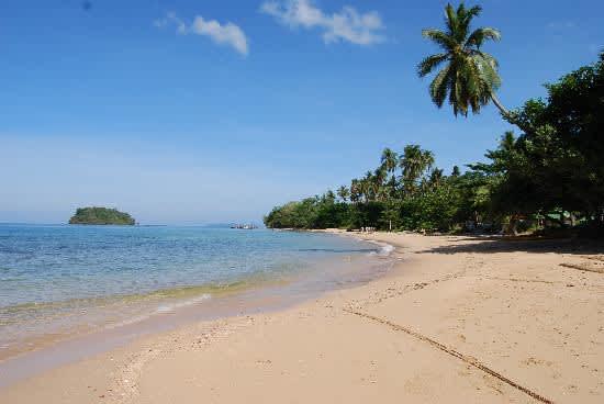 Acampar en el paraíso, la zona de confort y el Dugong de Koh Libong