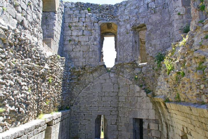 Castillo de Montségur, visita la fortaleza santuario de los cátaros