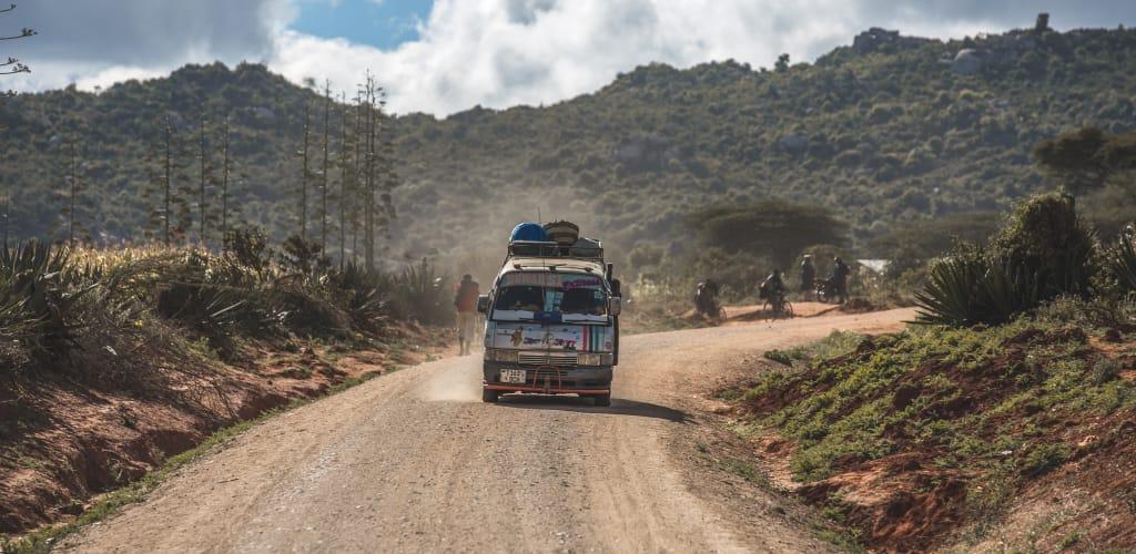 Dalla Dalla, transporte público na Tanzânia