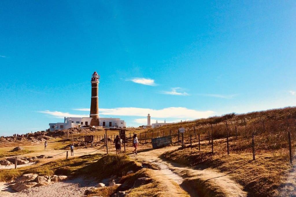 Farol de Cabo Polonio, uma das principais dicas do que fazer no Uruguai