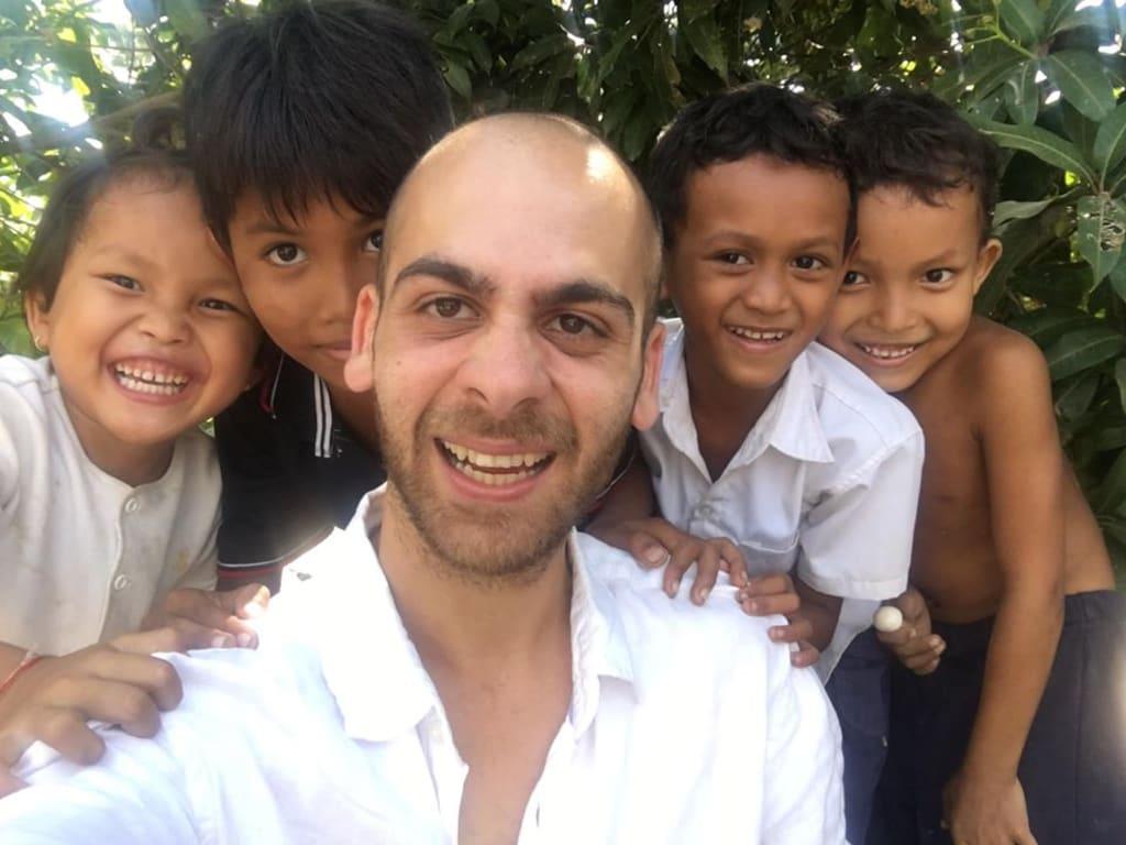 humanitarian volunteer work with Worldpackers