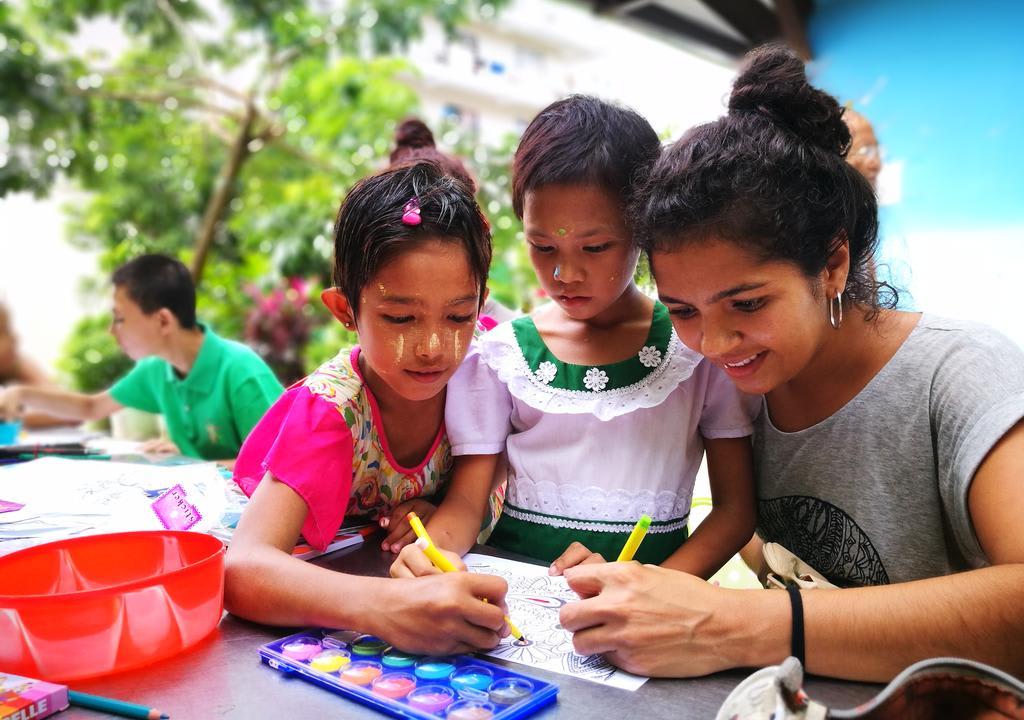 volunteer abroad using Worldpackers