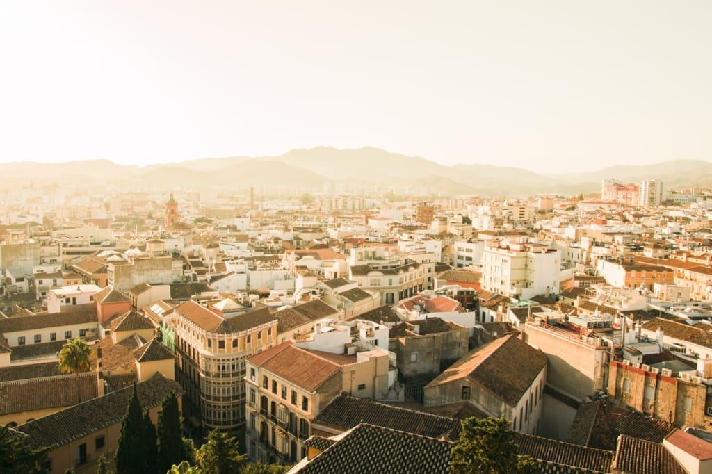 Uma das cidades mais acolhedoras da Europa é Madrid, na Espanha