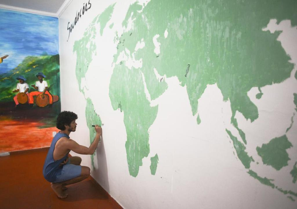 Pintar paredes é uma das funções que você fazer para trabalhar em troca de hospedagem