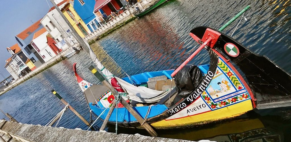 Porto de Aveiro is a must-see attraction in the city