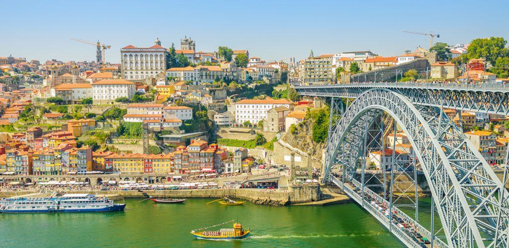 Durante sua viagem para Portugal, Porto é uma parada obrigatória