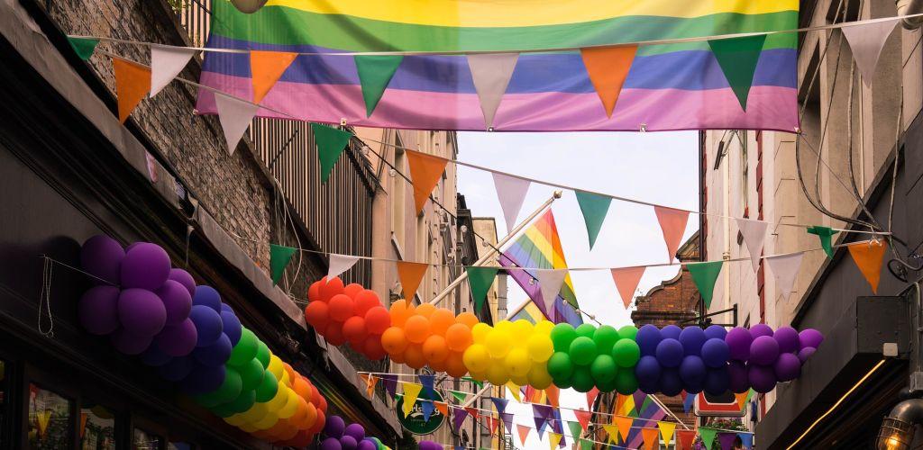 Lista das melhores cidades para voluntários LGBTs