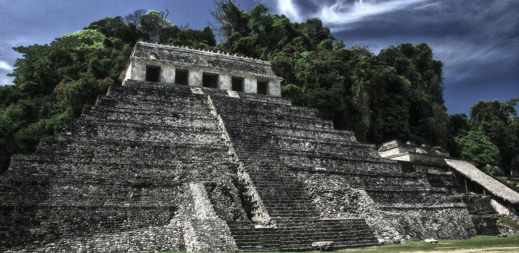 Construção maya em Chiapas