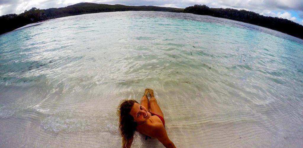 mulher-viajante-buscando-autoconhecimento