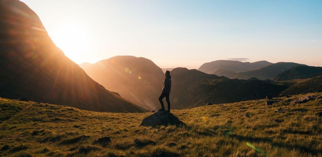 descubra viagens para se fazer sozinho e se reconectar