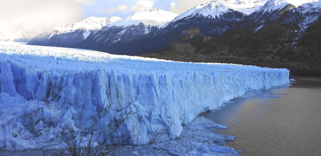 El Calafate é apenas um dos lugares para conhecer durante sua viagem para Argentina