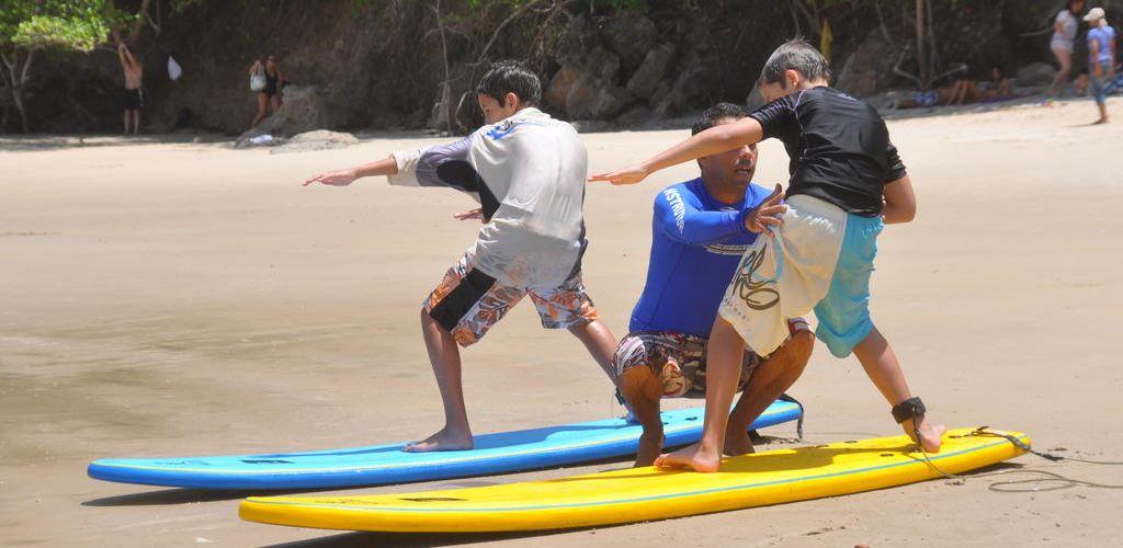 escola de surf com trabalho voluntario no Nordeste