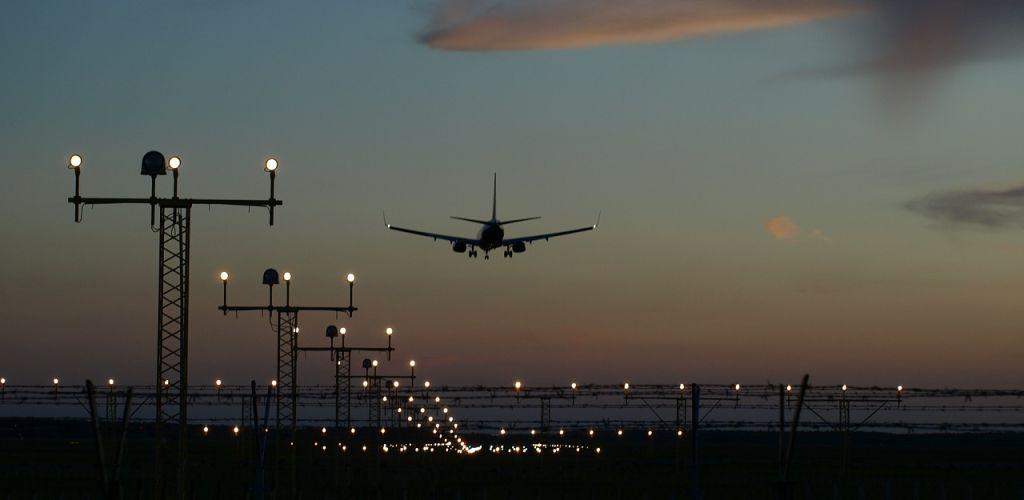 dicas de como comprar passagens aéreas baratas