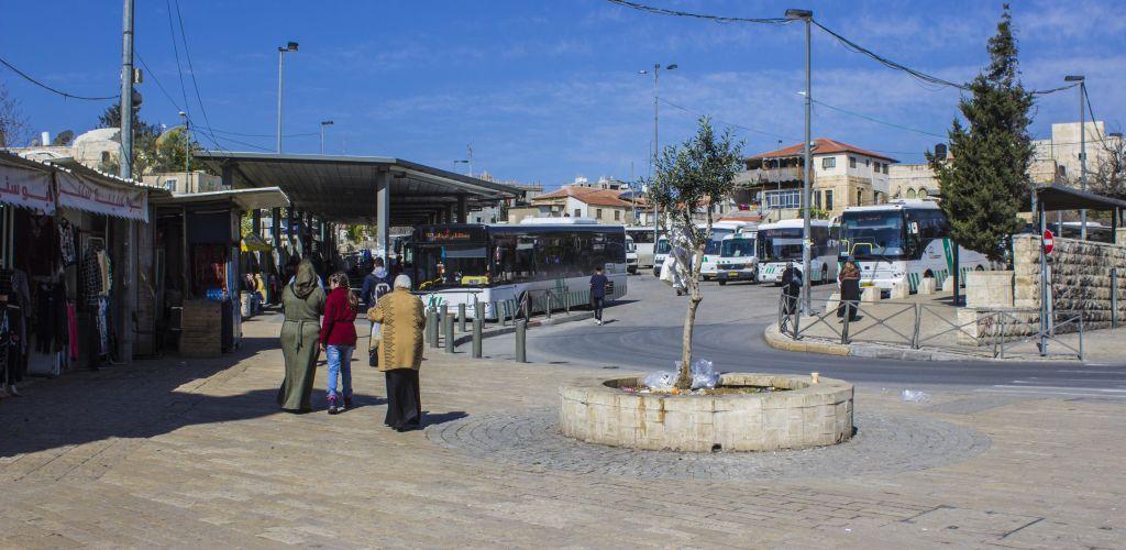 Terminal de onibus na Palestina