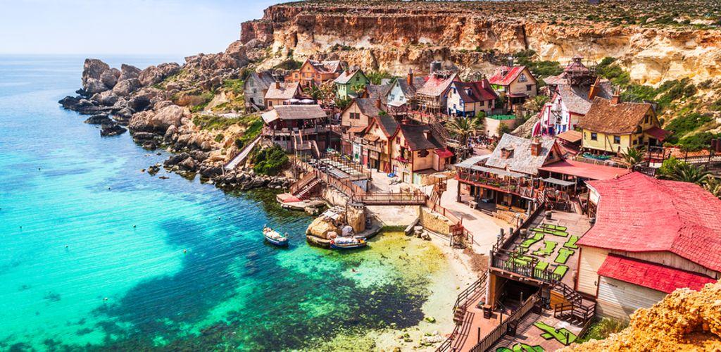 Uma das lindas praias da Ilha de Malta