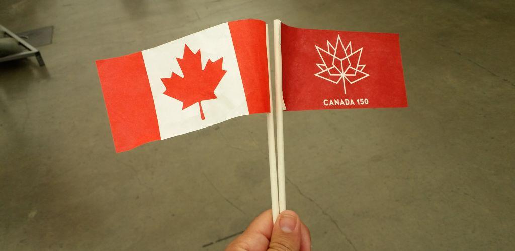 flamulas da bandeira do canada
