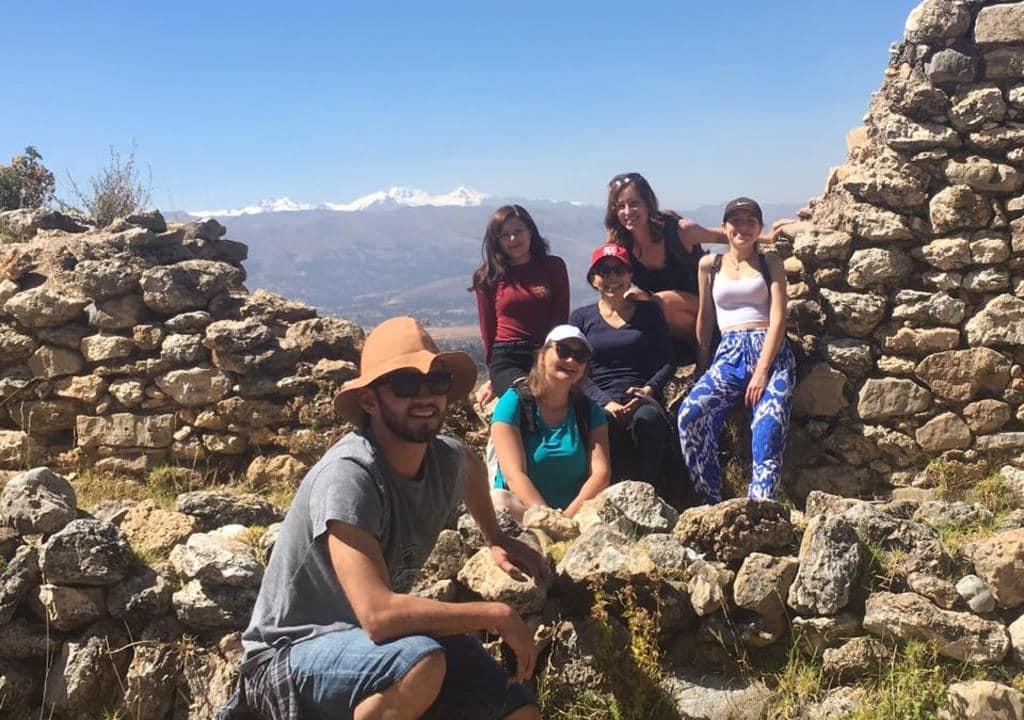 Voluntários no Peru