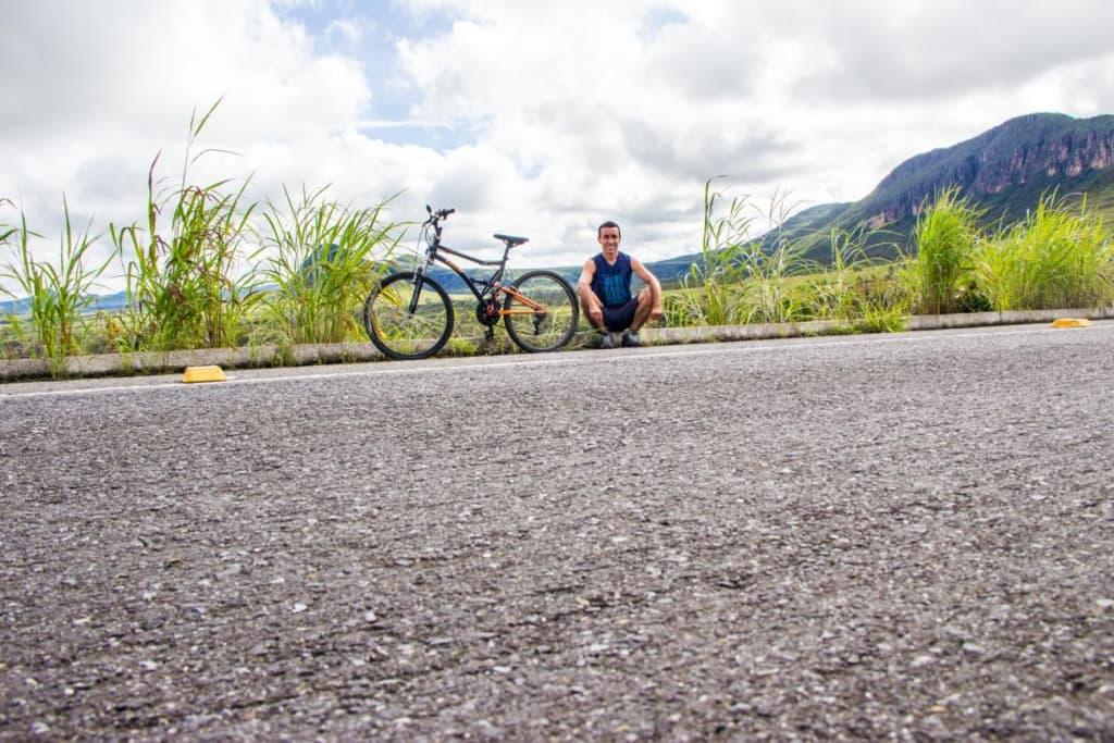 Estrada que liga Alto Paraíso a São Jorge
