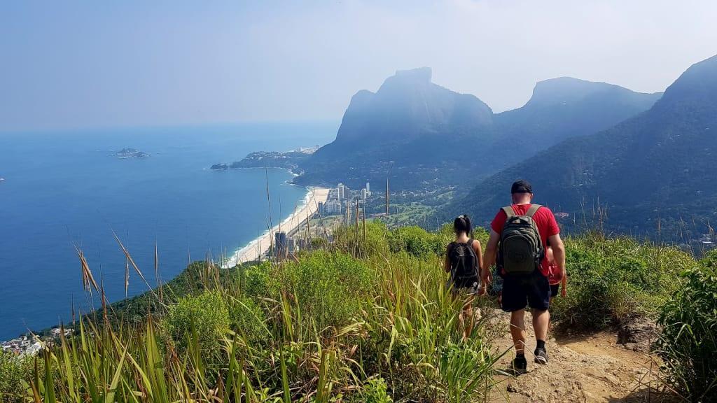 trilha na Pedra da Gávea