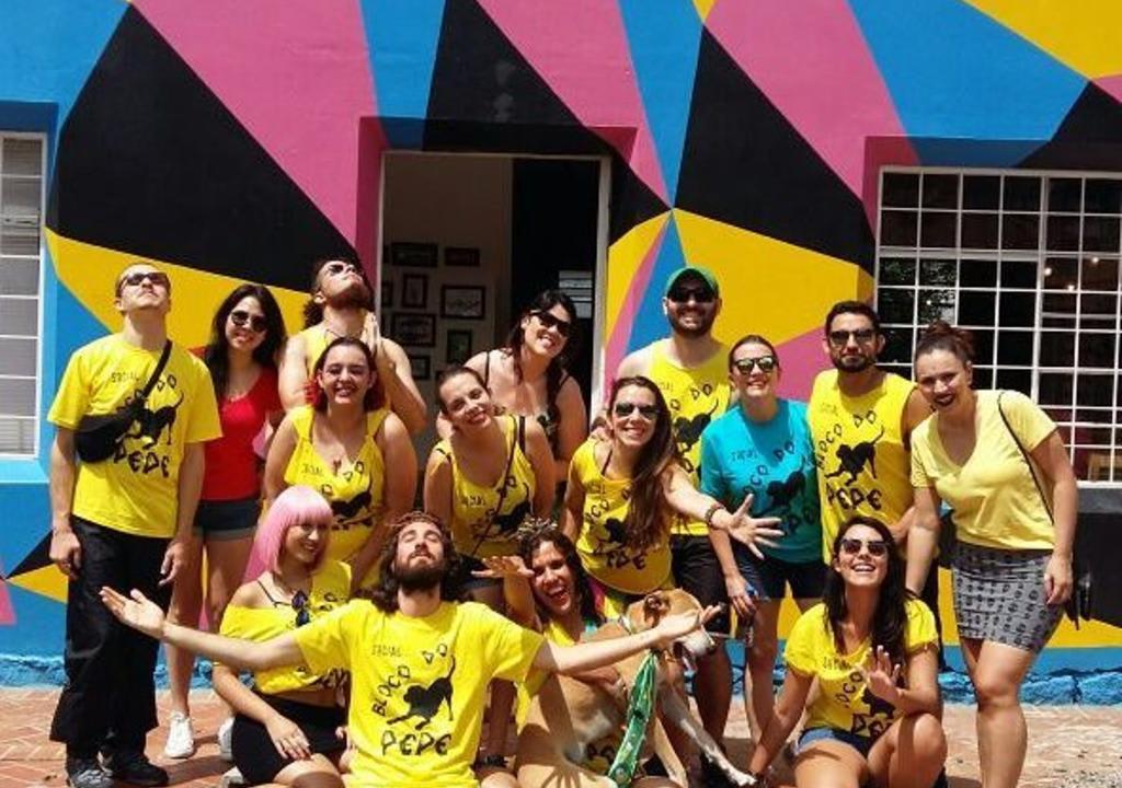 Grupo de voluntários da Worldpackers no Social Hostel