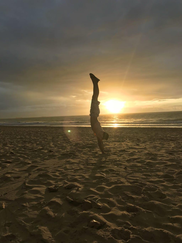 voluntário na praia de Boa Viagem