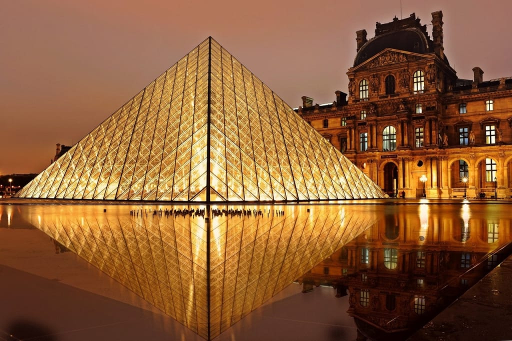 Paris é o sonho de muitos para primeira viagem internacional