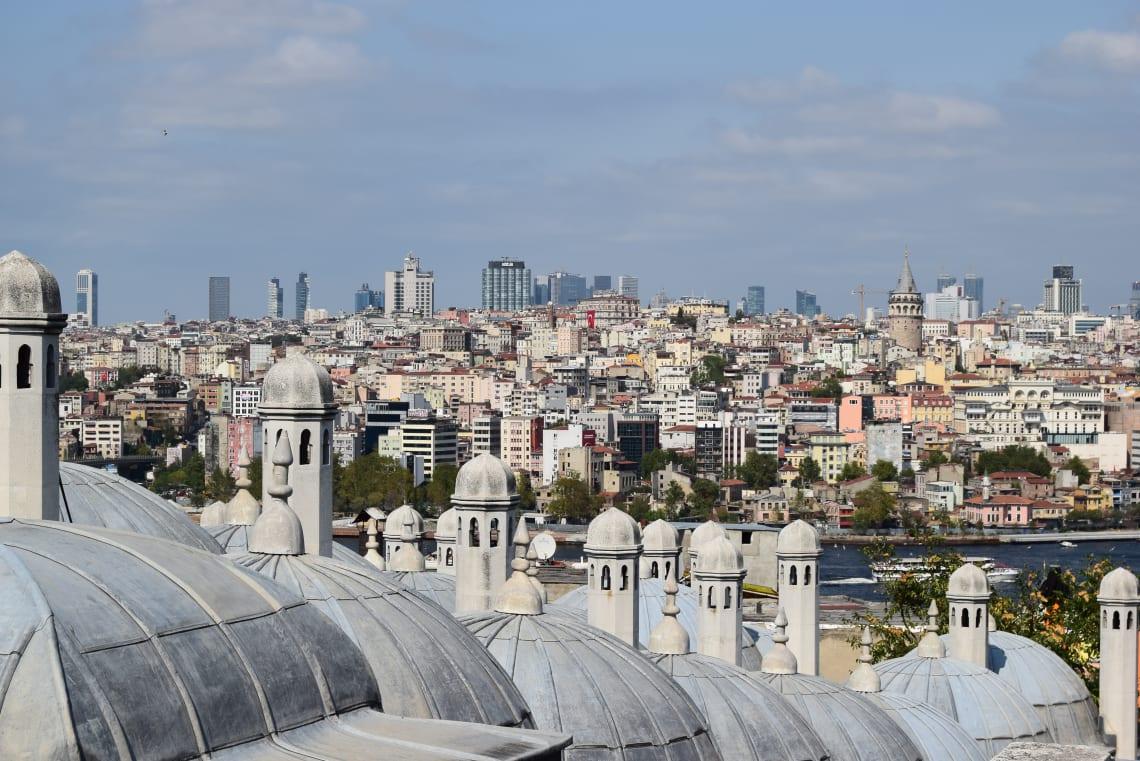 Todo lo que debes saber antes de viajar a Estambul - Worldpackers - estambul desde el aire