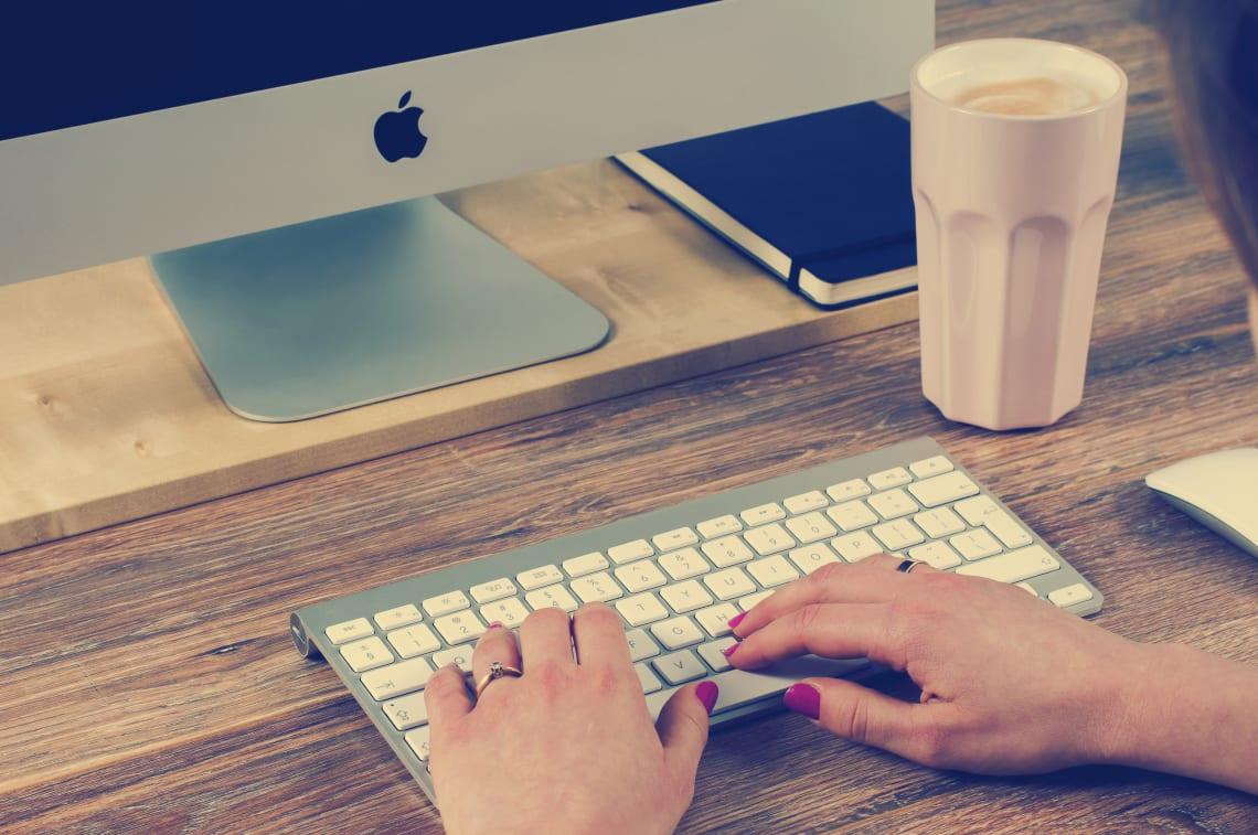 7 empleos para trabajar y viajar como nómada digital - Worldpackers - diseñador web