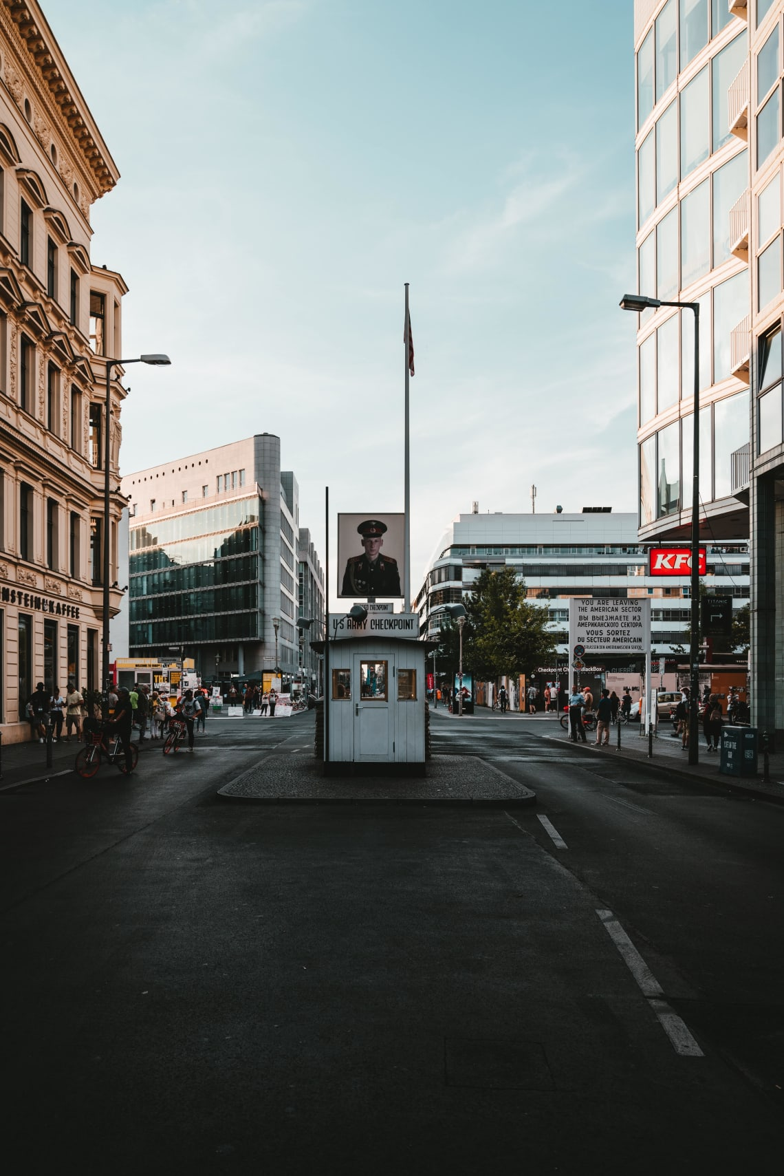 Things to do in Berlin: Checkpoint Charlie