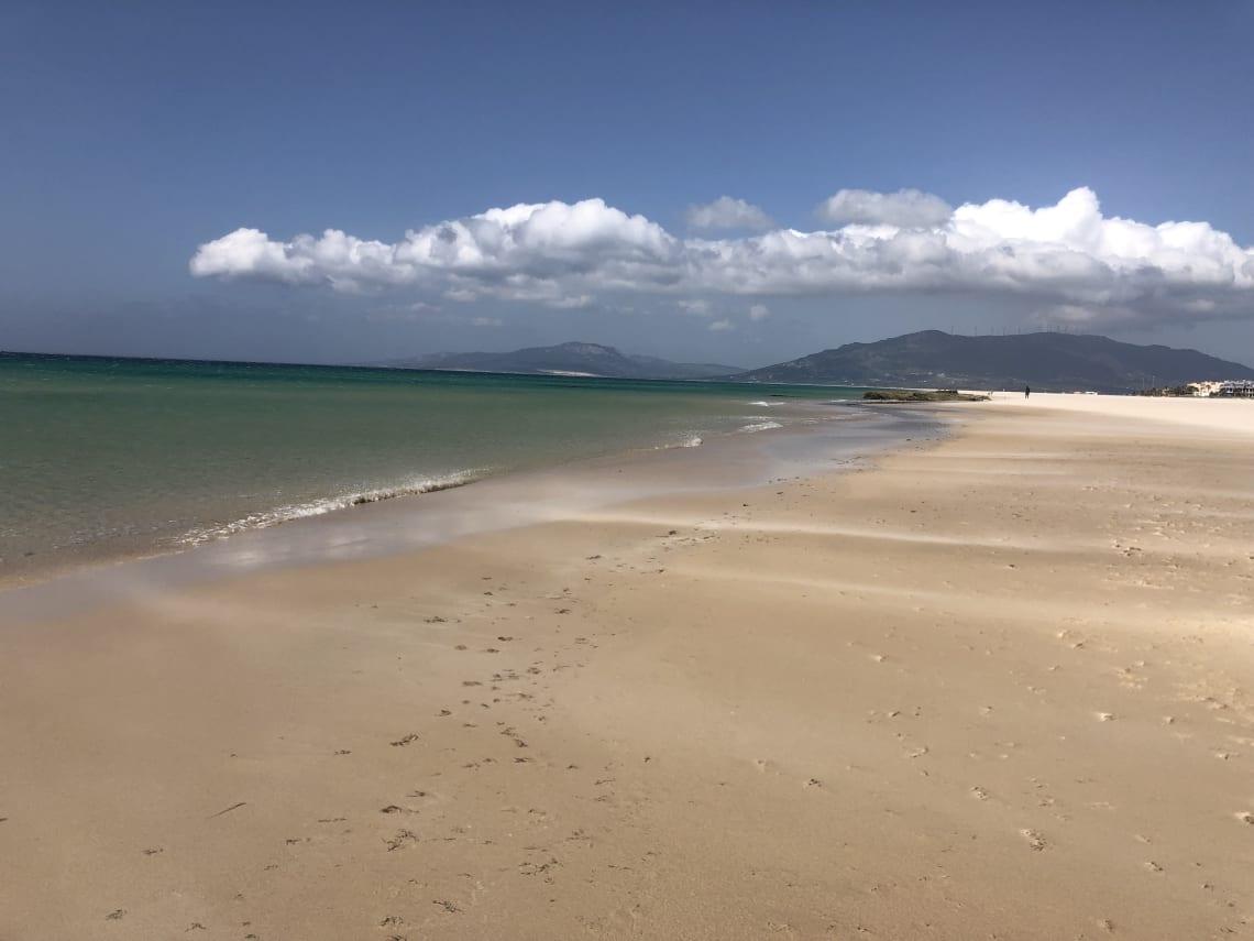 Guía completa para viajar a Tarifa - worldpackers - playa en Tarifa, España