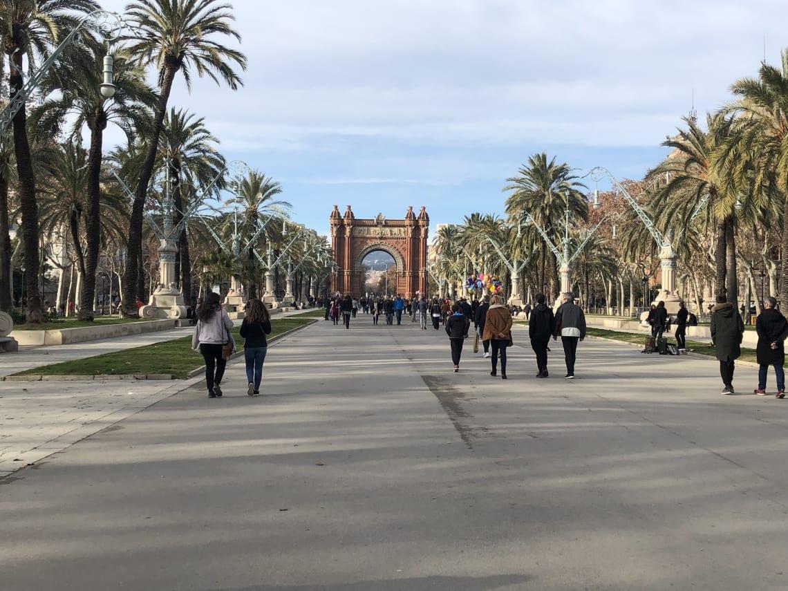 La mega guía para viajar a Barcelona: qué ver, qué hacer y mucho más - recorriendo Barcelona